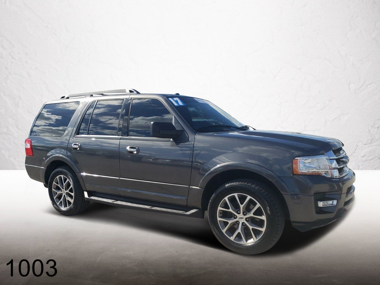 Pre-Owned 2017 Ford Expedition XLT